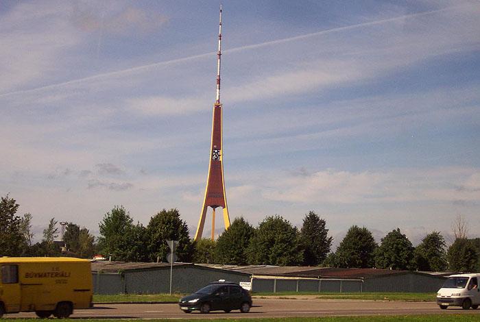 Torre de TV. © Paco Bellido, 2005