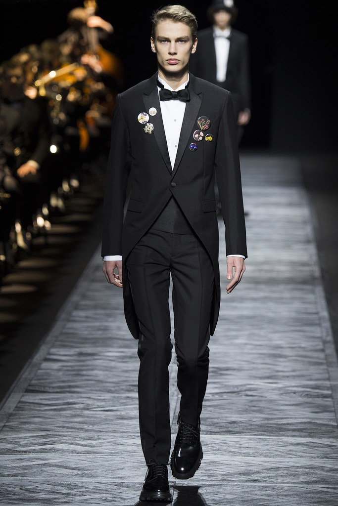 FW15 Paris Dior Homme003_Marc Schulze(VOGUE)