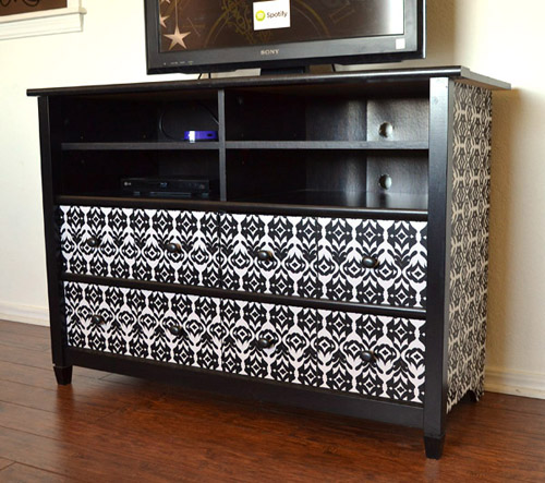 019-tv-stand-makeover-dreamalittlebigger