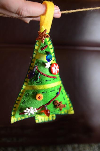 2014-12-19-PartyOrnaments-52
