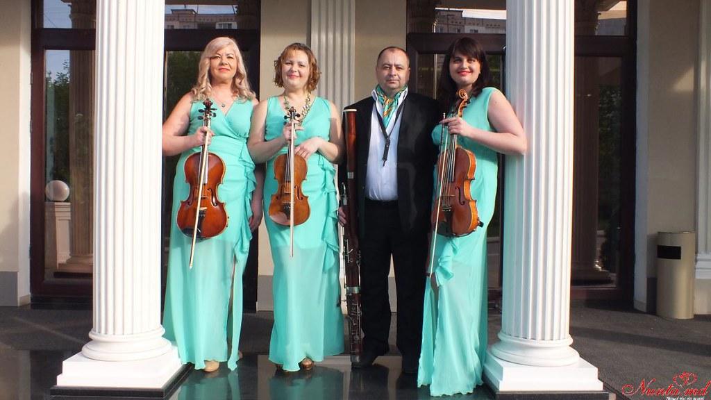 """""""Creativ"""" Cvartet - echipă de muzicieni profesioniști cu o bogată experiență în domeniu. > Foto din galeria `Principala`"""