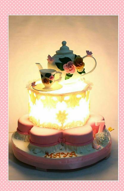 Vintage Teapot Lantern Cake by Em's Cake Avenue