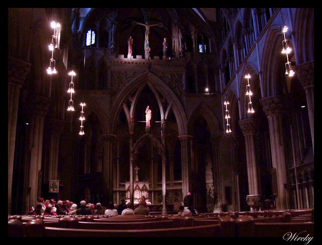 Fiordos noruegos Trondheim Vinjef Valsoy Halsa Molde Alesund - Altar de la Santa Cruz en Catedral de Nidaros
