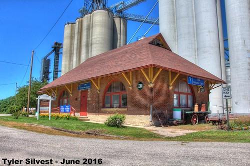 iowa depot dows oldbuilding