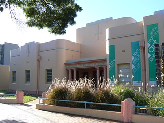 Griffith War Memorial Hall & Art Gallery