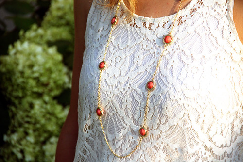 Necklace-and-Front-of-Top