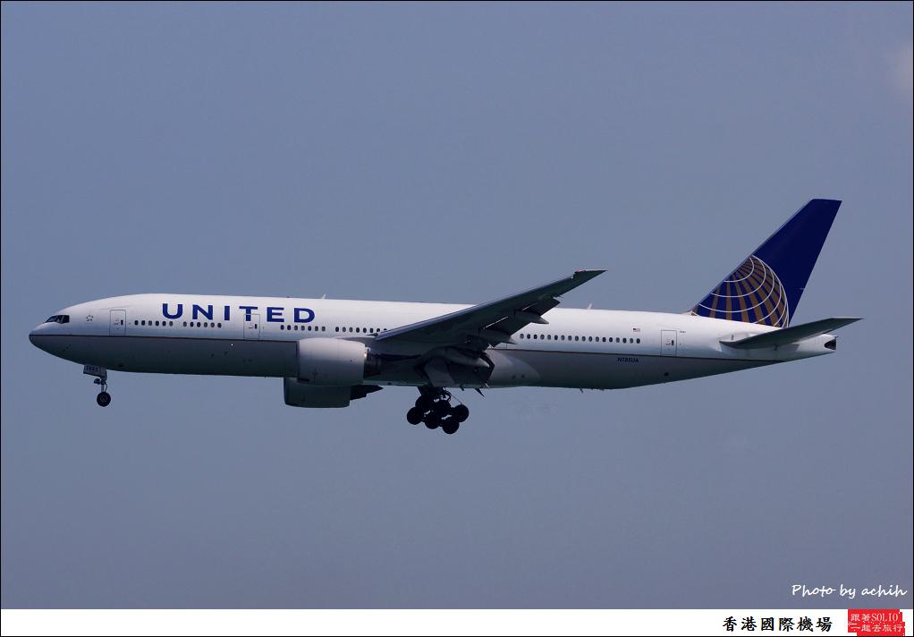 United Airlines N785UA-003