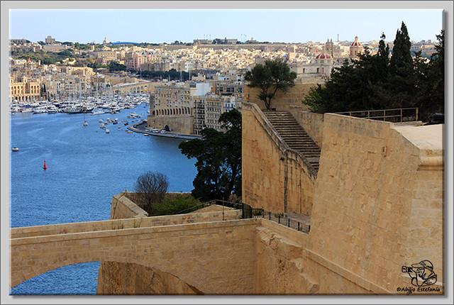 Saltando por Malta (3)