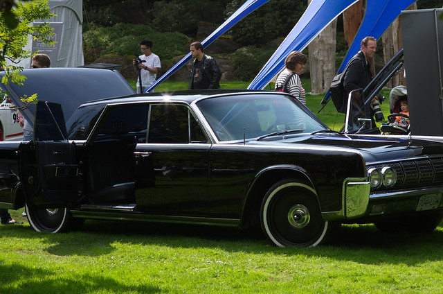 1964 lincoln continental sedan with suicide doors flickr photo sharing. Black Bedroom Furniture Sets. Home Design Ideas