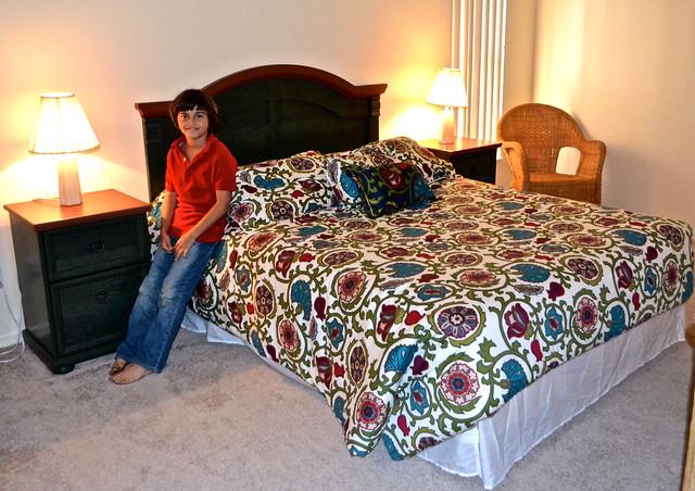 Van Der Valk Golf Resort. Inverness, Florida - flower bedroom