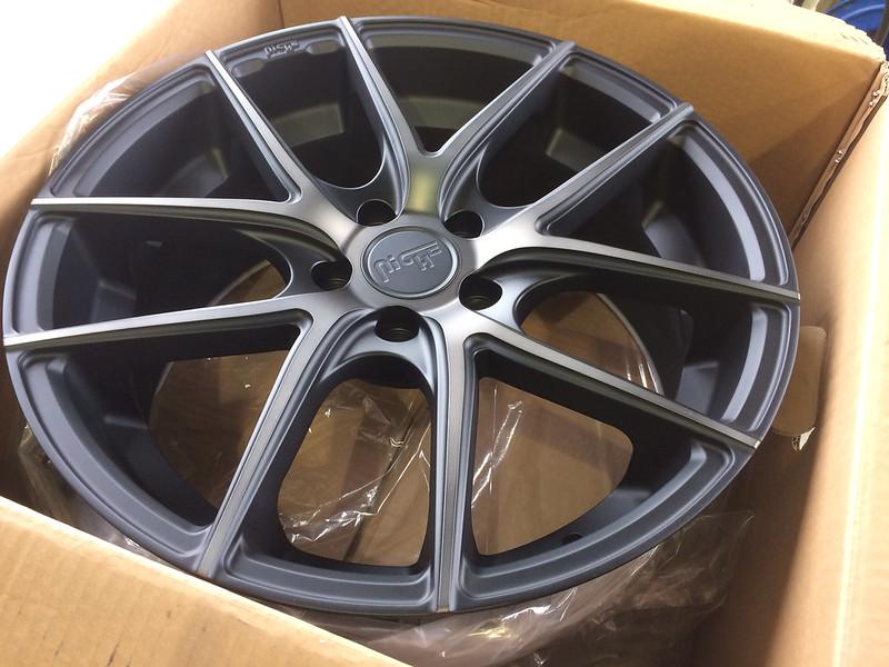18 Quot Niche Targa M130 Tires Amp Wheels Ford Fusion Energi