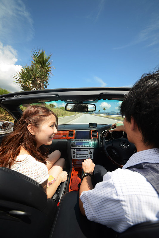 3.Driving_enjoy the blue sky and oceas by driving Okinawa