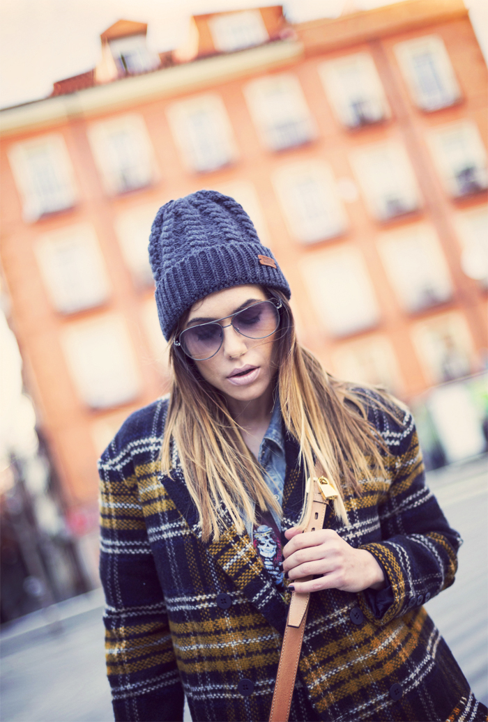 street style barbara crespo navy yellow coat sheinside adidas sneakers fashion blogger outfit blog de moda