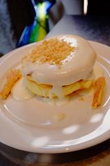 macadamia nut sauce pancake