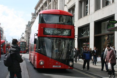London United LT156 on Route 10, Oxford Street