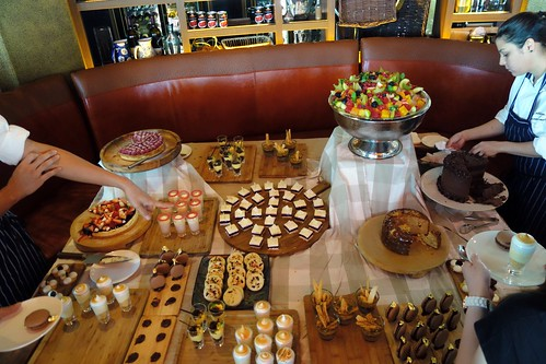 Which dessert items would you like? Catalunya Sunday Brunch