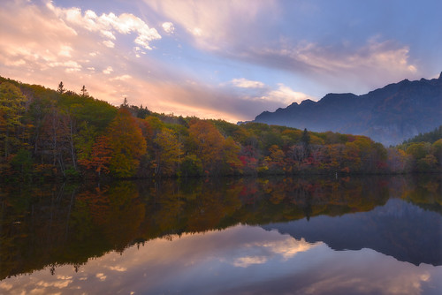 autumn sunset sky reflection water japan cloudy mirrorlake 紅葉 秋 nagano 長野 2014 鏡池 arcreyes