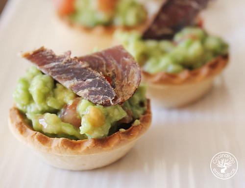 Tartaletas de biltong y aguacate www.cocinandoentreolivos.com (8)