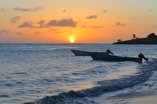 sunset boats bateaux caribbean coucherdesoleil caraïbes saintelucie saintlucia laborie