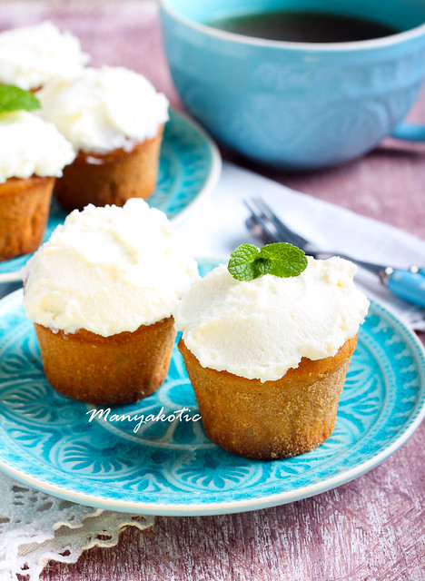 Earl Grey low fat muffins