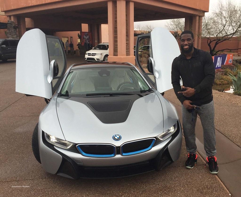 BMW Electrifies Super Bowl XLIX with i8 & i3