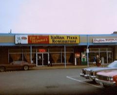 Joe & Mimma's Italian Pizza Restaurant in Grafton, VA