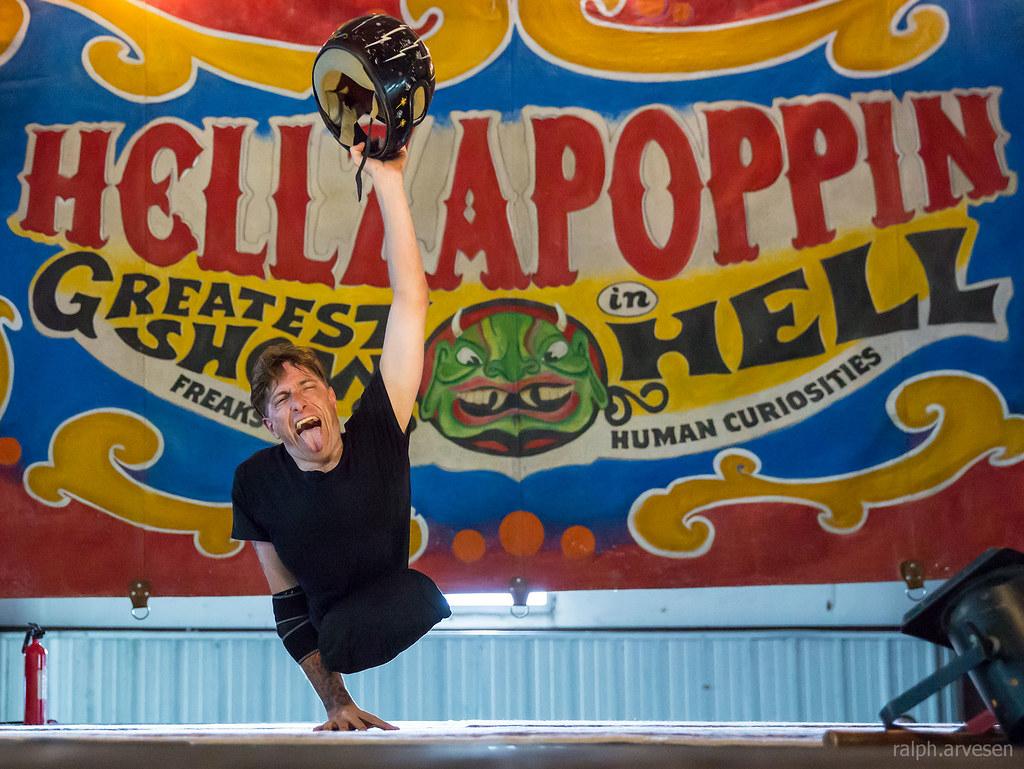 Hellzapoppin Circus Sideshow