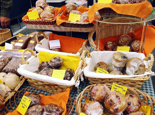 farmers market, farmers market muffin, muffins, muffin basket, basket of muffins,