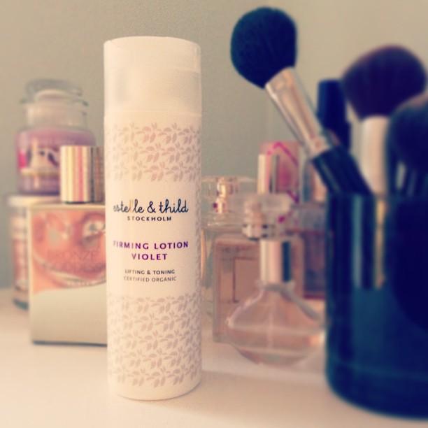 Behövde ny hudkräm, Estelle&Thild hade 20% rabatt på Åhléns. Första produkten jag provar från dem, gillar ni?