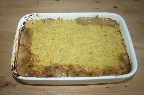 46 - Rindergeschnetzeltes mit Kartoffelhaube - fertig gebacken / Beef chop with potato coat - finished baking