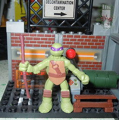 Nickelodeon TEENAGE MUTANT NINJA TURTLES :: MINI TURTLE FIGURE 4-PACK viii // .. Mini Don on '03 TMNT MEGA BLOKS  (( 2014 ))