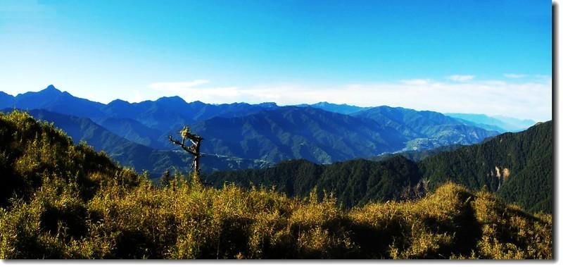 雪山東峰東南眺中央山脈群山 3