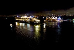 The Queen Mary 2 departing Sydney