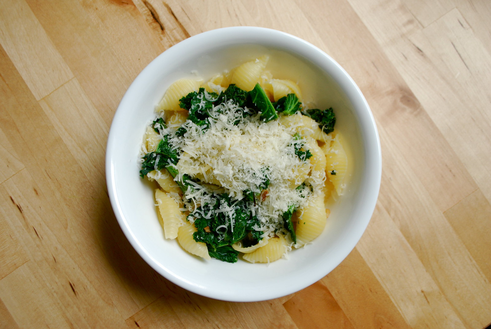 kale garlic pasta with parmesan