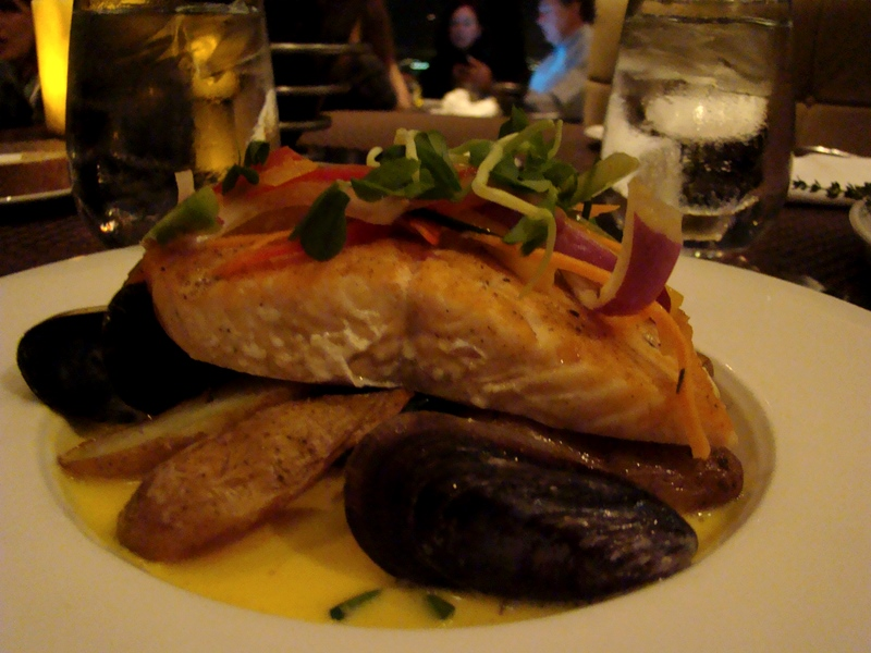 Pan Seared Atlantic Salmon with Mussels