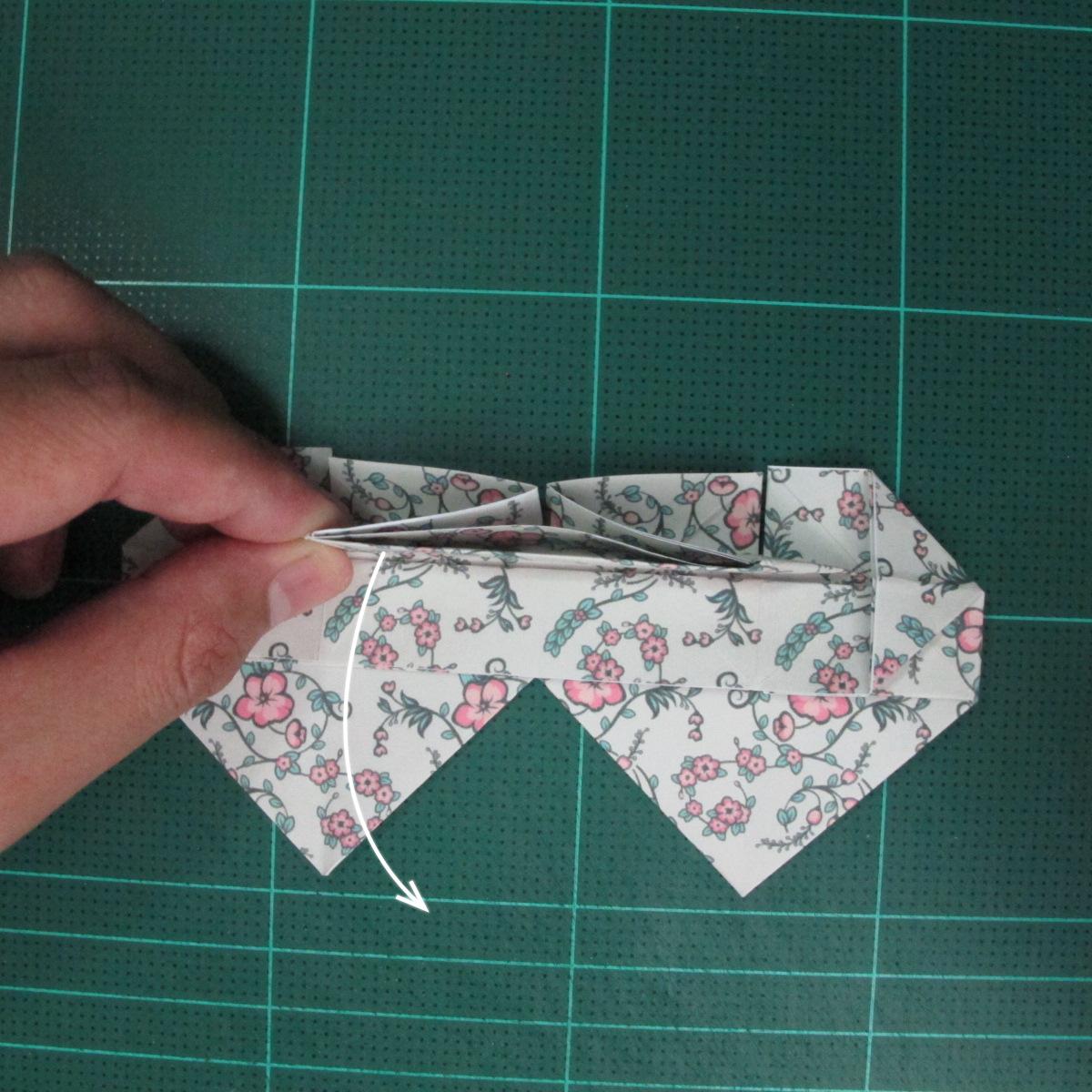 วิธีพับกระดาษรูปหัวใจคู่ (Origami Double Heart)  023