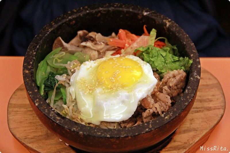《食記》台中南屯‧非常石鍋Bibimbap韓式料理,韓劇常見的石鍋 ...