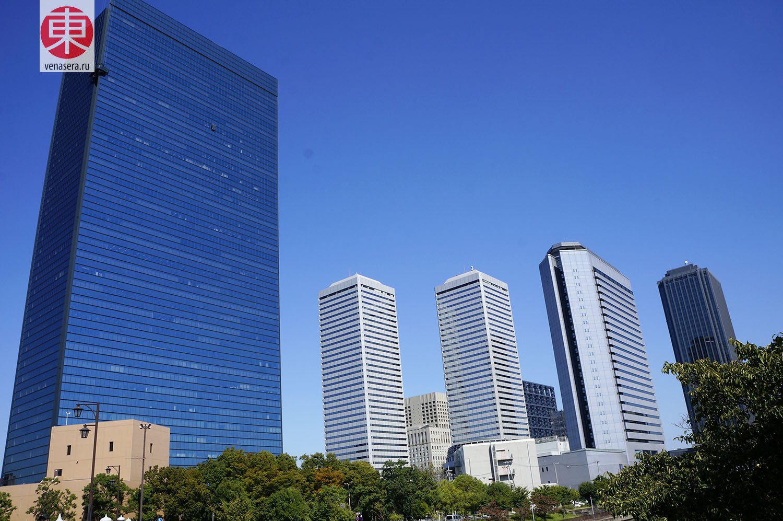 Замок Осака: окрестности