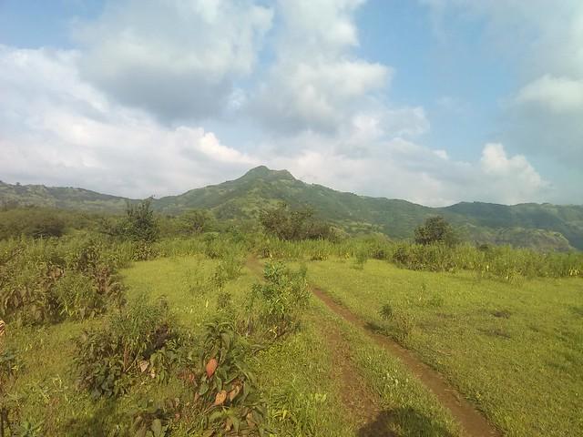 Platue before Kudpan final descent. Center mountain of Kumathe