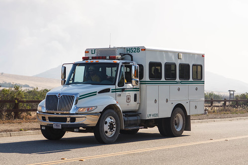 Goleta (CA) United States Picture : United States Forest Service International LPF H528 Crew Carrier