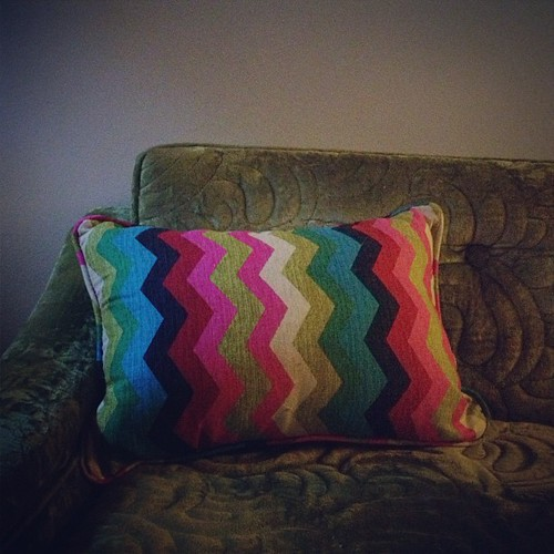 Day176 New (vintage) green couch and new chevron pillow 6.25.13 #jessie365