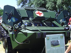 BTR-80 SKJ egészségügyi jármű