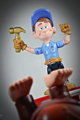 Felix Fix-It Jr vs Wreck-It-Ralph