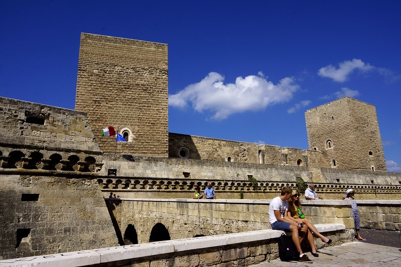 【Costa,愛琴海郵輪三】下船第一站:義大利南部的濱海度假小鎮,巴里(Bari);也是聖誕老公公墳墓的所在地。