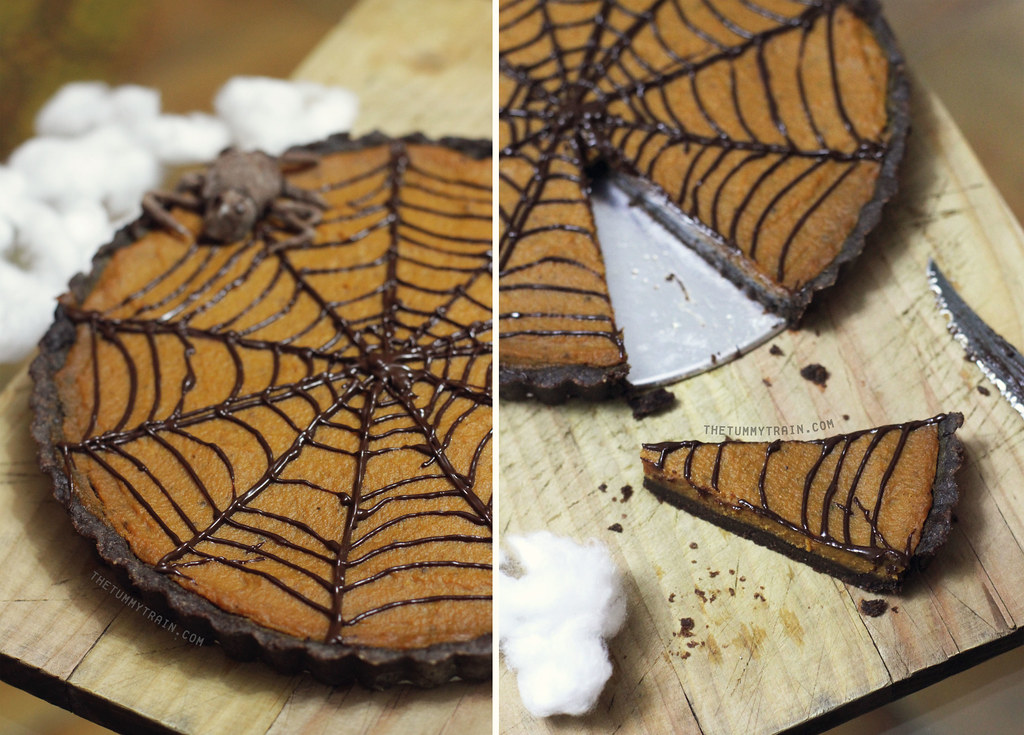 10574638495 4ee83c8018 b - Of pumpkin pie and spiderwebs