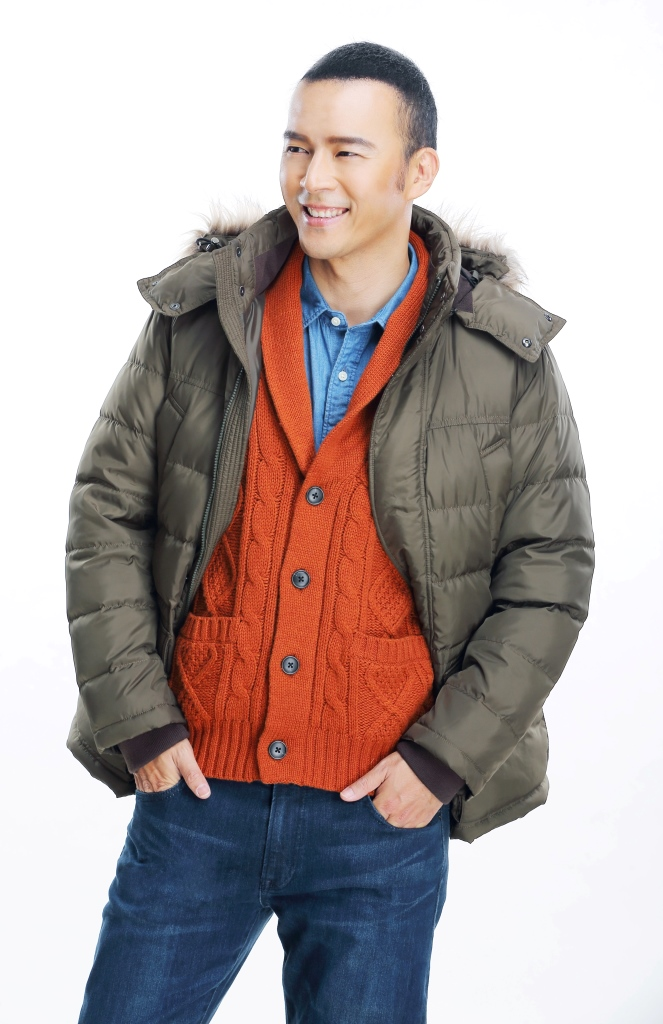 Owen Yap expresses his style for Uniqlo Holiday!