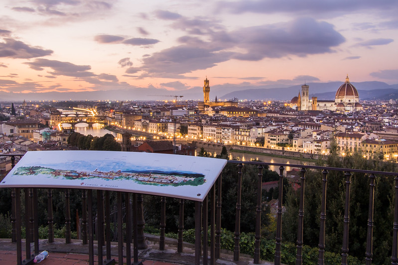 Firenze Panorama on Piazzale Michelangelo / Sunset