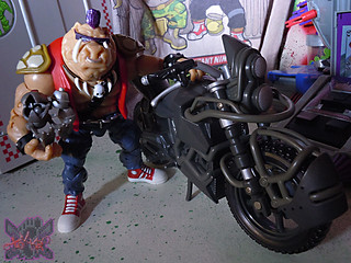 "TEENAGE MUTANT NINJA TURTLES - CLASSIC COLLECTION :: ROCKSTEADY & BEBOP { tOkKustom Punk touch-ups } xxvi //  ..'Bop with '07 NIGHTWATCHER ""STUNT RIDER"" Motorcycle  (( 2013 ))"
