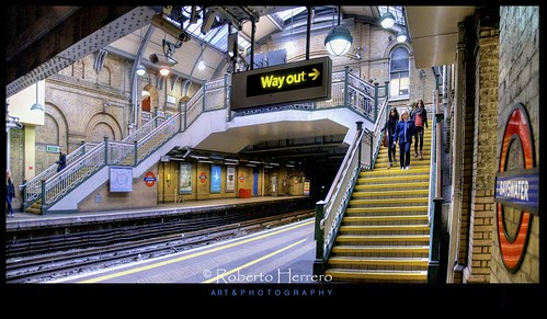 uk england london stairs train subway logo time metro tube rail tunnel exit mygearandme mygearandmepremium mygearandmebronze mygearandmesilver mygearandmegold mygearandmeplatinum mygearandmediamond