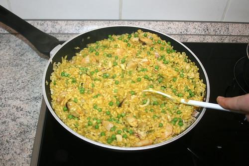 36 - Erbsen unterheben & weiter köcheln / stir in peas & continue simmer